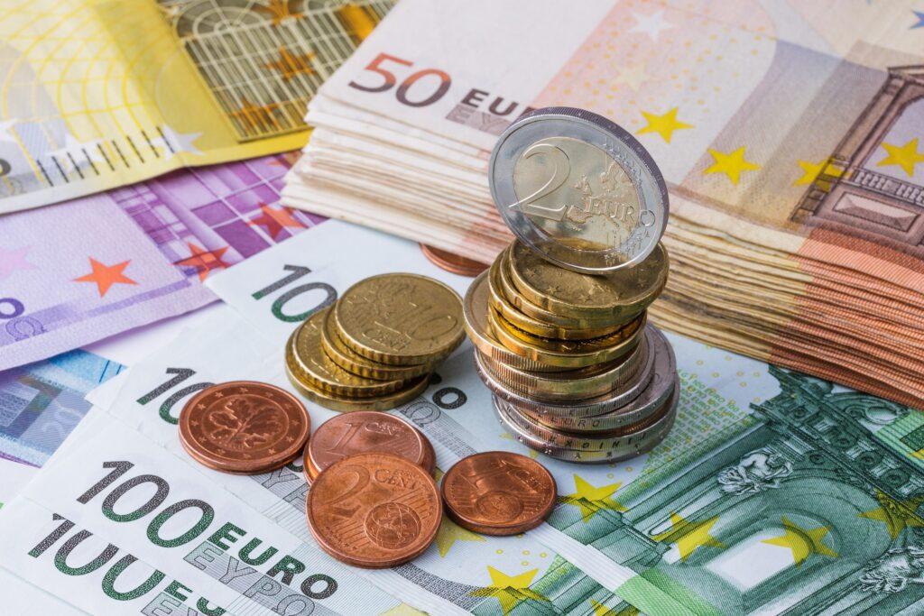 Bei vielen Anbietern warten Wechselprämien auf Neukunden
